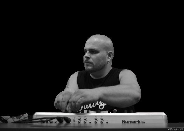 DJ_big_daddy_show_apero_electro_France_artist-removebg-preview